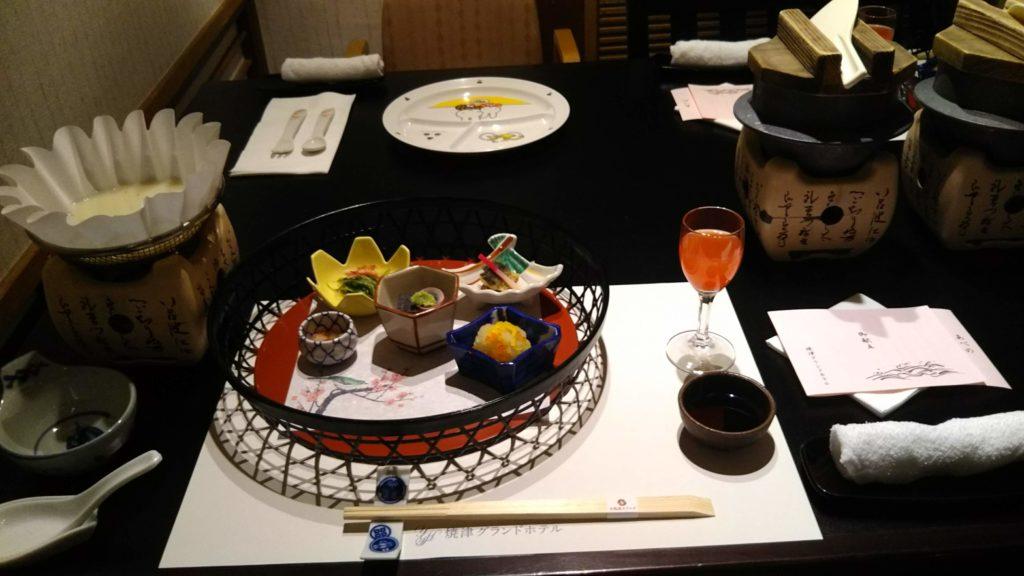 和会席・前菜+食前カクテル+鍋